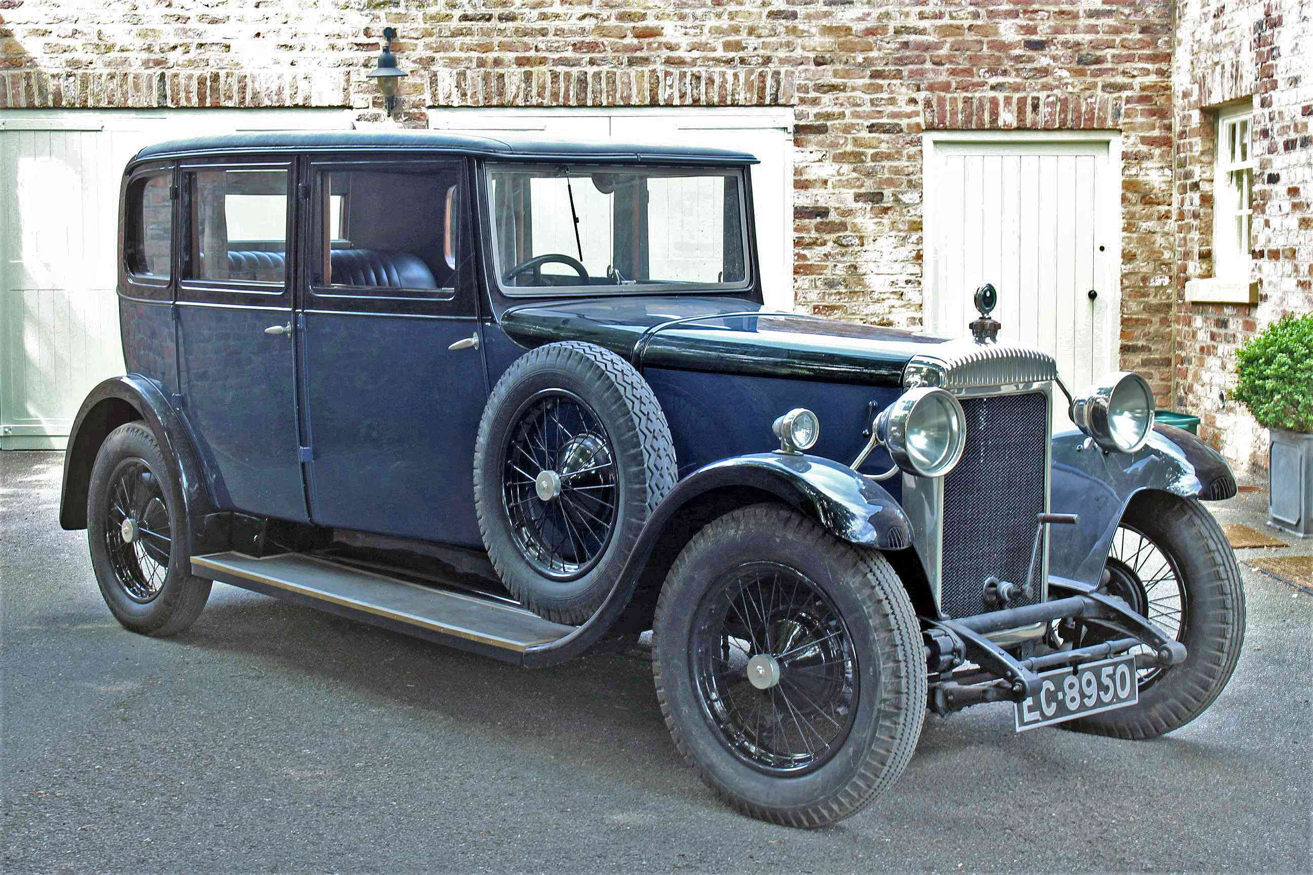 1929 DAIMLER 20/70 TYPE M SALOON Registration: EC8950 Chassis No: 31186 Engine No: 53847 Odometer: - Image 2 of 2