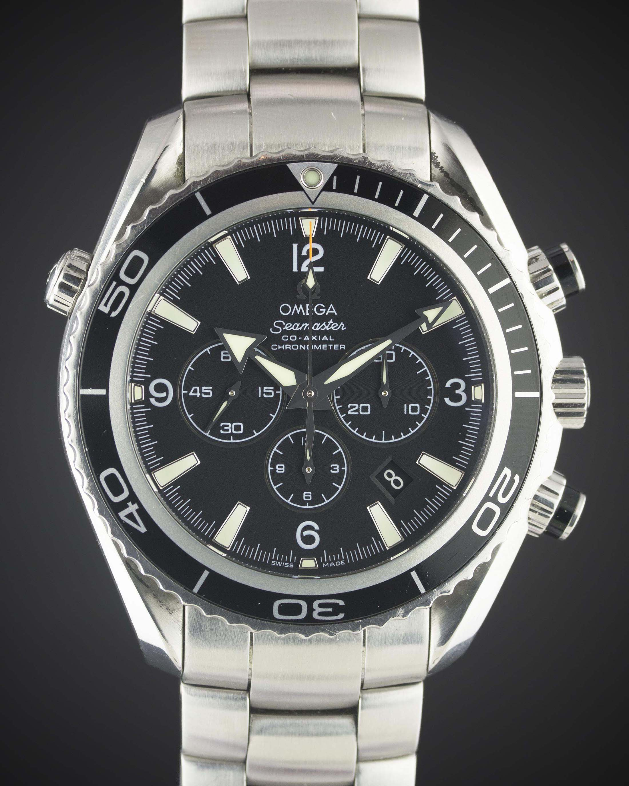 A GENTLEMAN'S STAINLESS STEEL OMEGA SEAMASTER PROFESSIONAL PLANET OCEAN CO...
