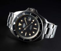 A RARE GENTLEMAN'S STAINLESS STEEL HEUER 200 METRES PROFESSIONEL AUTOMATIC DIVERS BRACELET WATCH