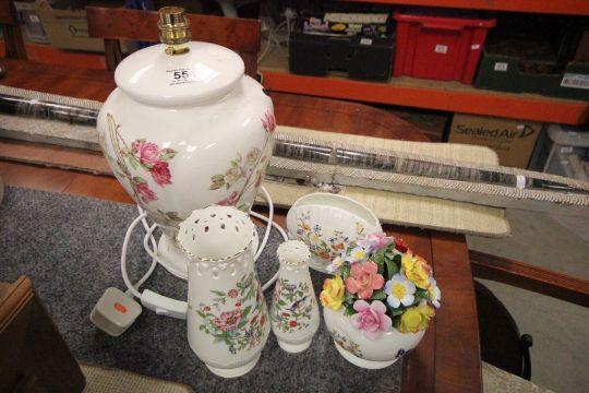 Aynsley Eliza Rose Table Lamp Two Aynsley Pembroke Vases