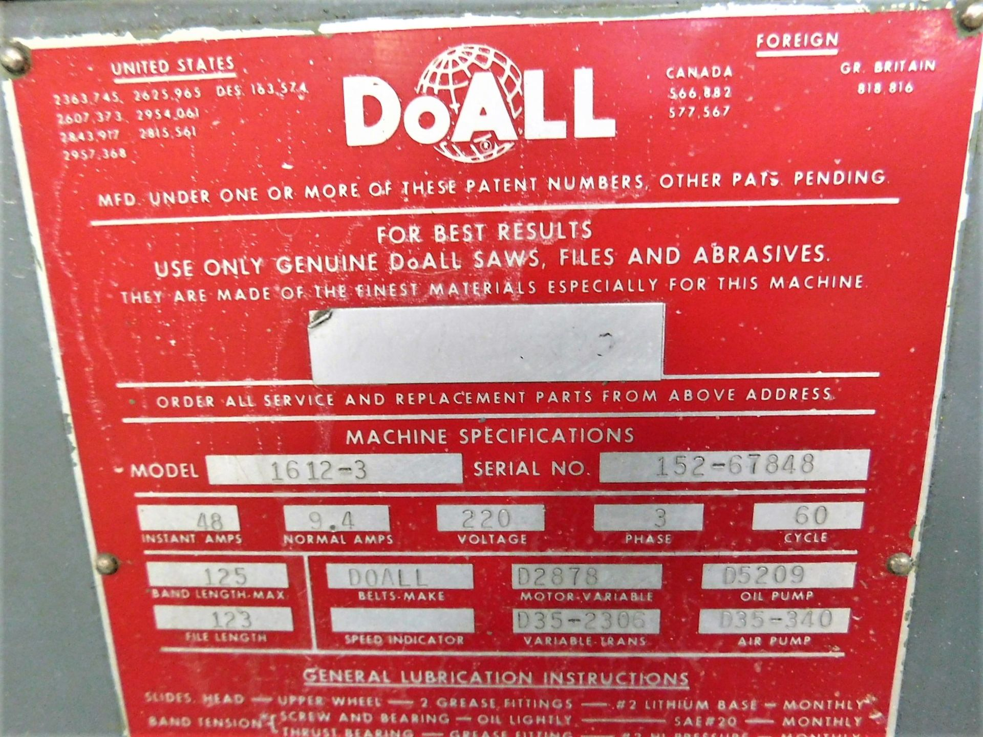 "Lot 15 - DOALL VERTICAL BANDSAW, MODEL 1612-3, S/N 152-67848, W/ DOALL BLADE WELDER, TABLE 30-1/2"" X 24"""