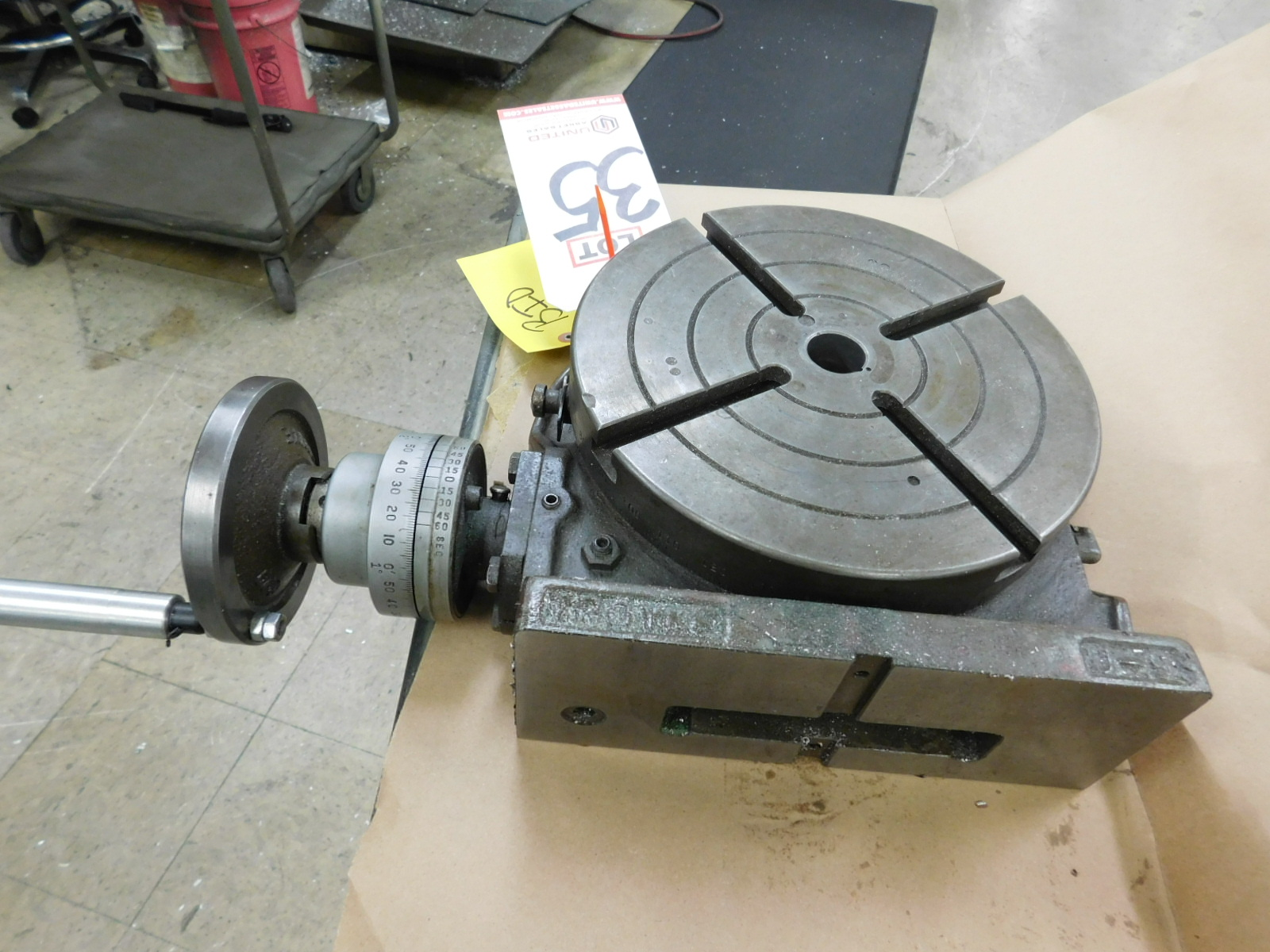 "Lot 35 - TROYKE 9"" ROTARY TABLE, MODEL U-9"