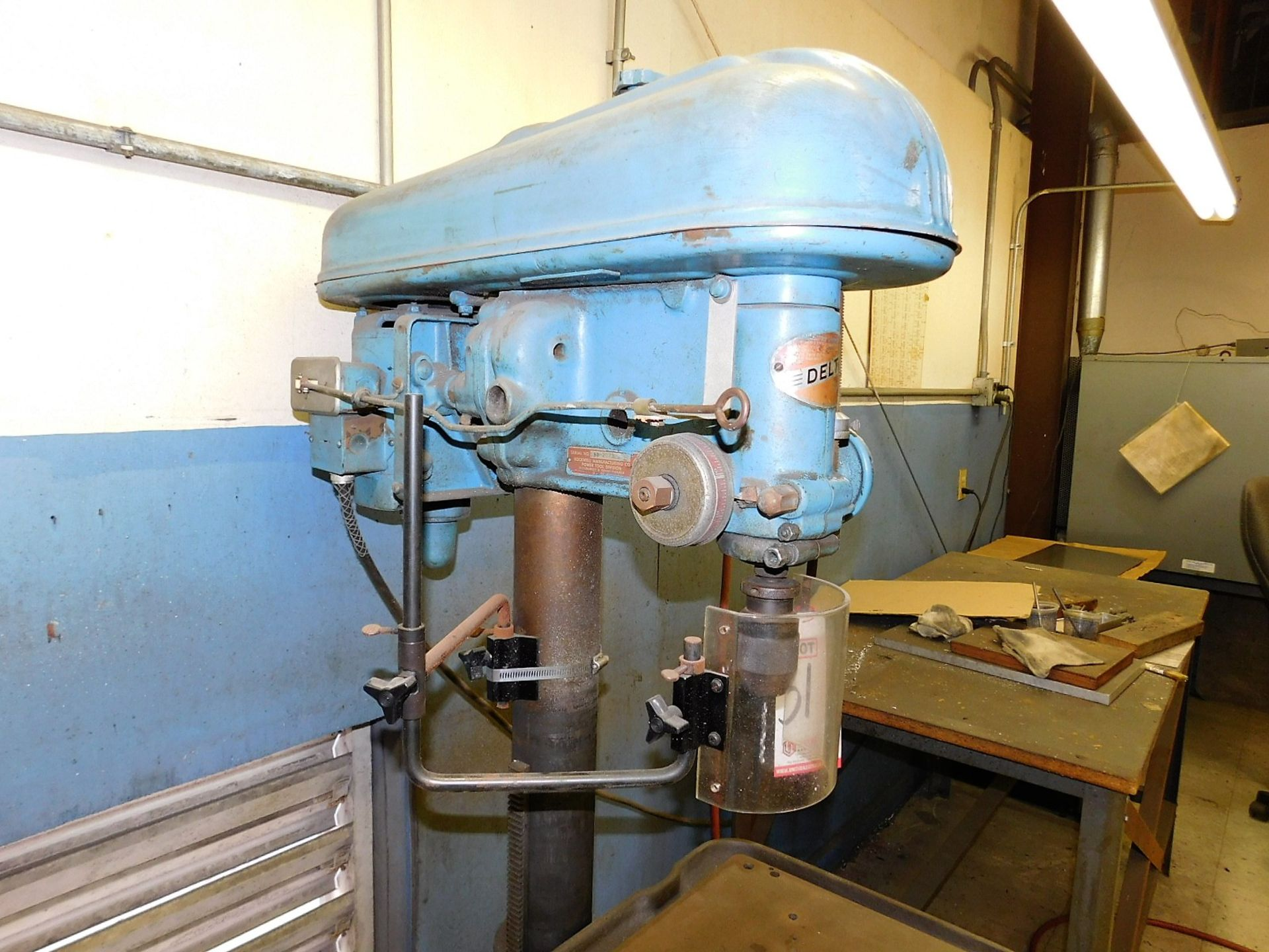 """Lot 31 - ROCKWELL DELTA 17"""" DRILL PRESS, S/N 126-2073, FLOOR STAND, SPEED CHUCK, VARIABLE SPEED"""