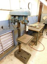 "Lot 31 - ROCKWELL DELTA 17"" DRILL PRESS, S/N 126-2073, FLOOR STAND, SPEED CHUCK, VARIABLE SPEED"
