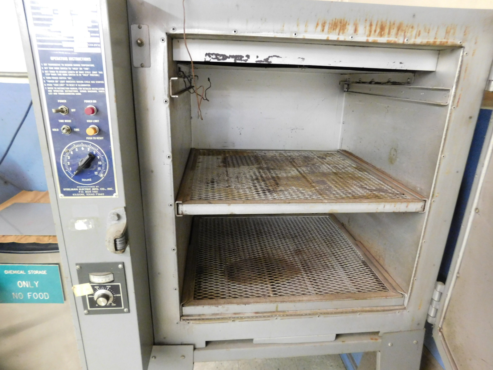 Lot 25 - STEELMAN BAKE OVEN, MODEL 222-EB, ELECTRIC, 500°F, S/N 84204