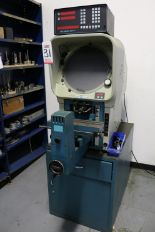 Lot 31 - DELTRONIC DH14 OPTICAL COMPARATOR