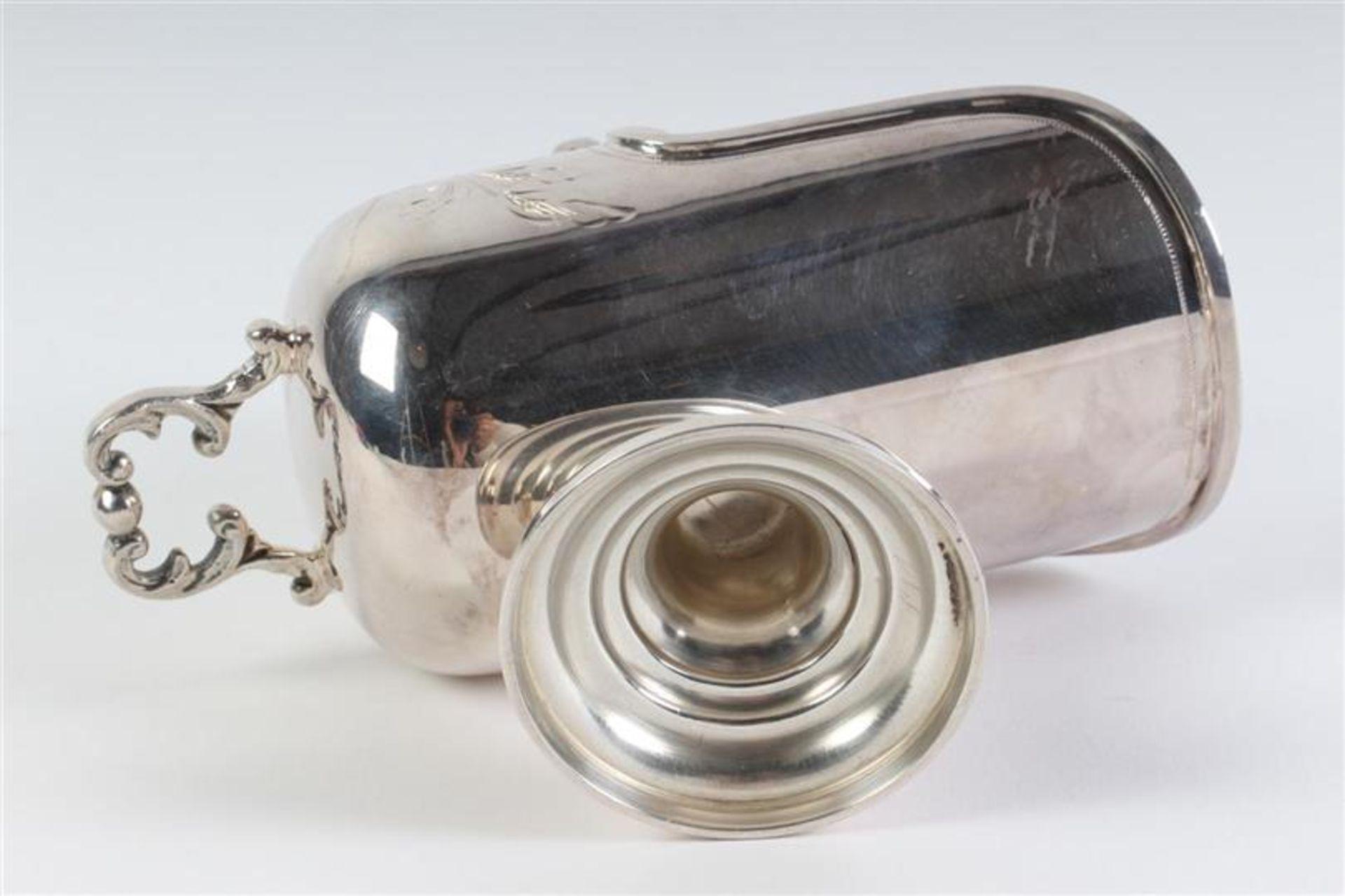 Zilveren suikerbak in de vorm van kolenkit met suikerschep. Gewicht: 190 g. - Bild 4 aus 6