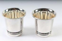 Set zilveren bekertjes, Denemarken. H: 5 cm.