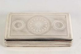Zilveren tabaksdoos. Holland, 1833. Afm. 7 x 12,5 x 2,5 cm.