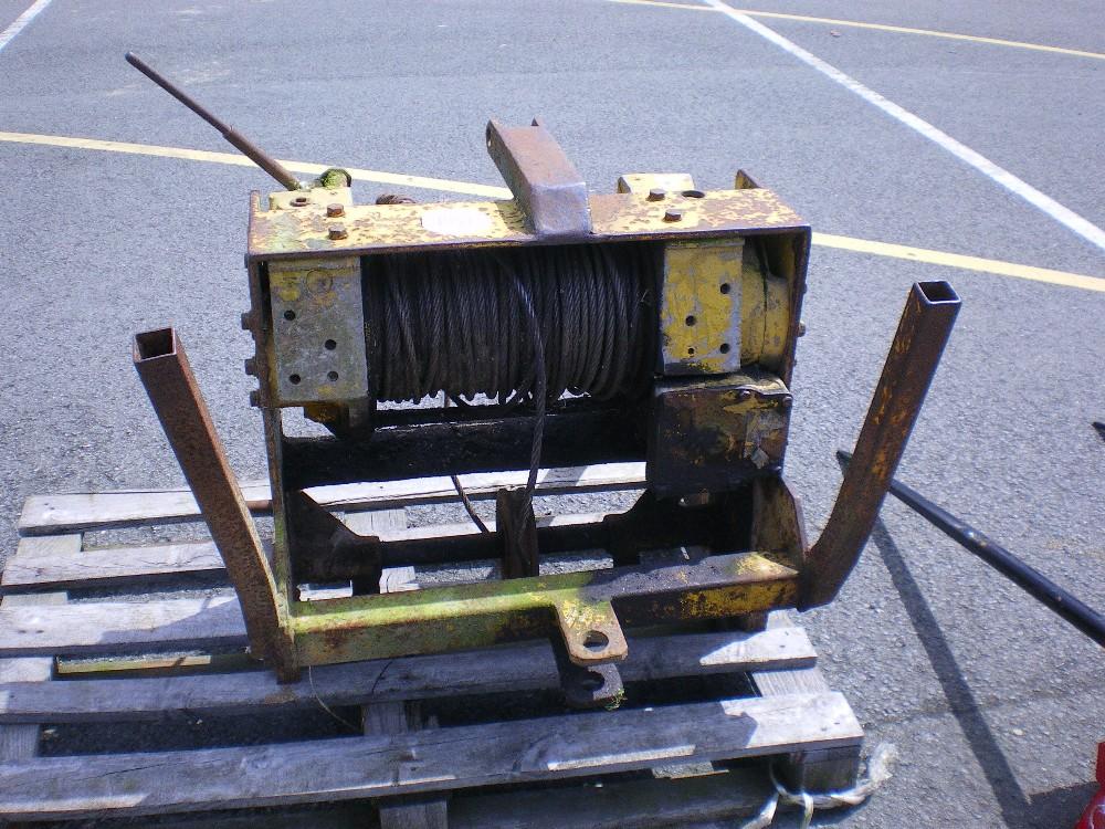 Three Point Winch : Point linkage winch