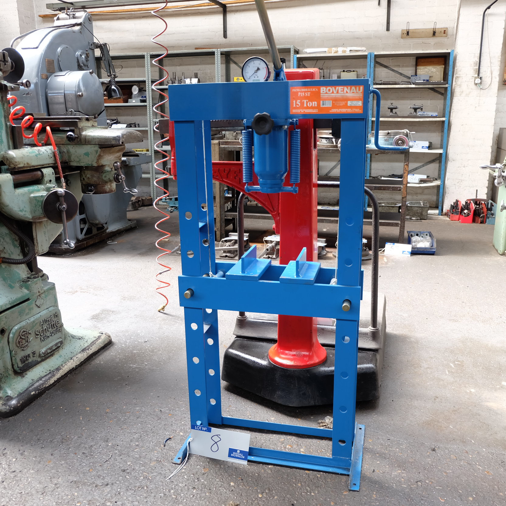 Lot 8 - A Bovenau PST15ST 15 ton Hydraulic Workshop Press.