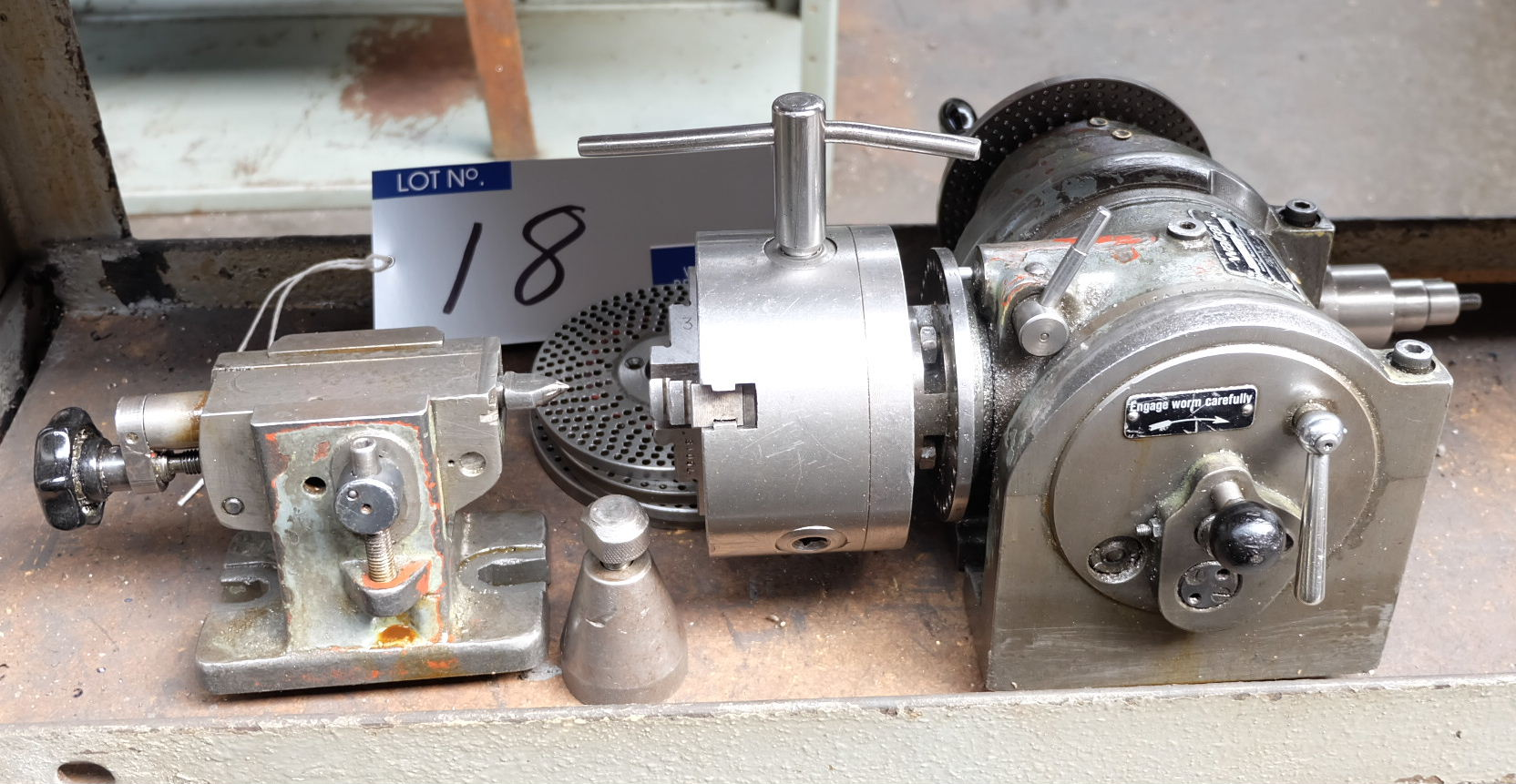 Lot 18 - A Walter UTA100E Dividing Head No.3753 with Tailstock: 4in 3 jaw chuck, 4.5in centre height.
