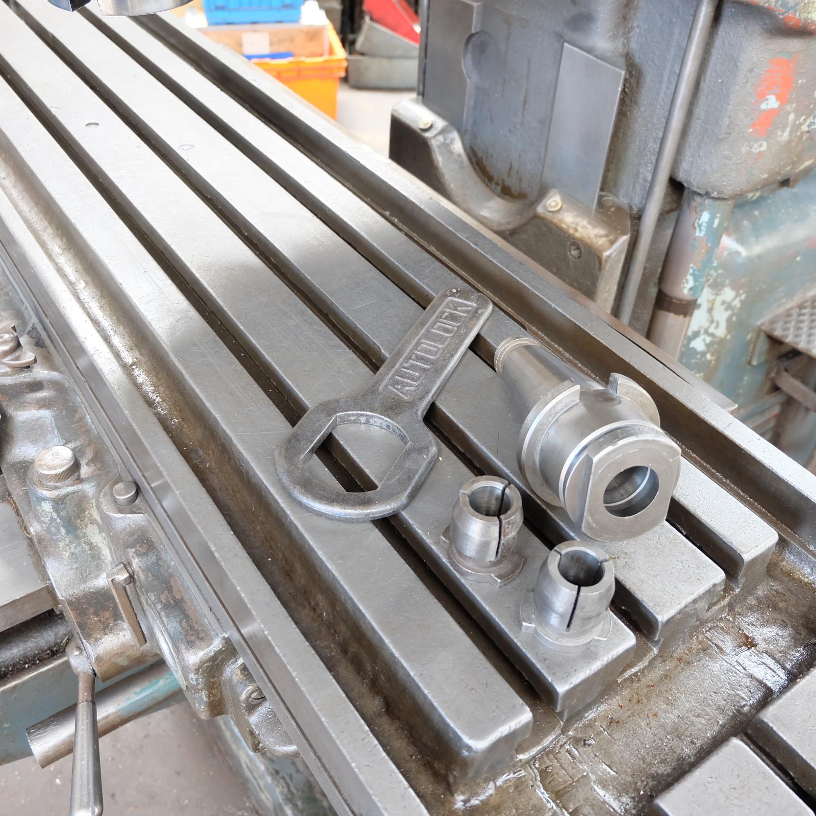 Lot 2 - A Cincinnati No.3 Vertical Milling Machine No.B3609-25, 63in x 15in table.