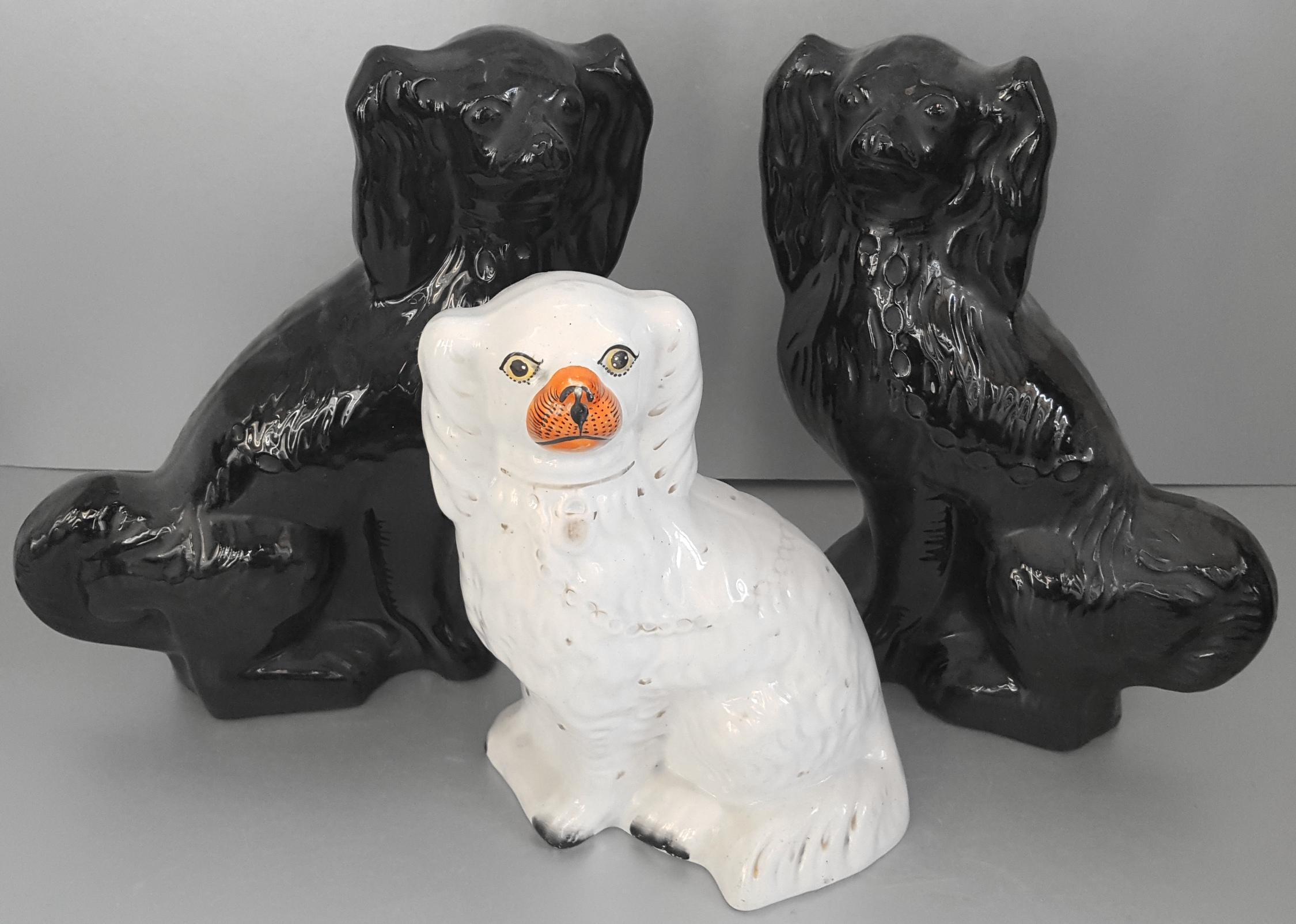 Lot 31 - Vintage Retro 3 x Ceramic Staffordshire Dog Figures NO RESERVE
