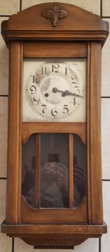 Lot 25 - Antique Vintage Wall Clock With Possible Russian Connection