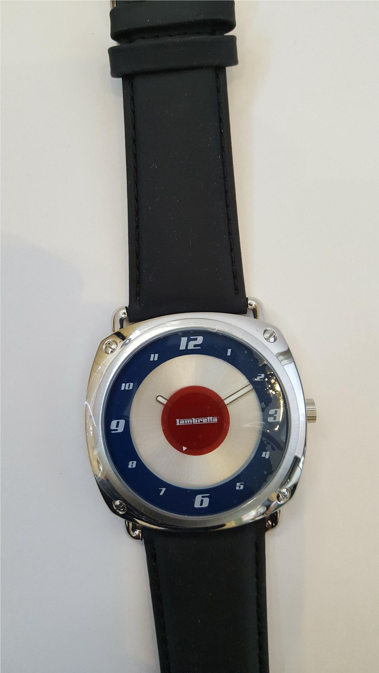 Lot 19 - Vintage Wrist Watches 1 x Zurich Sports & 1 x Lambretta