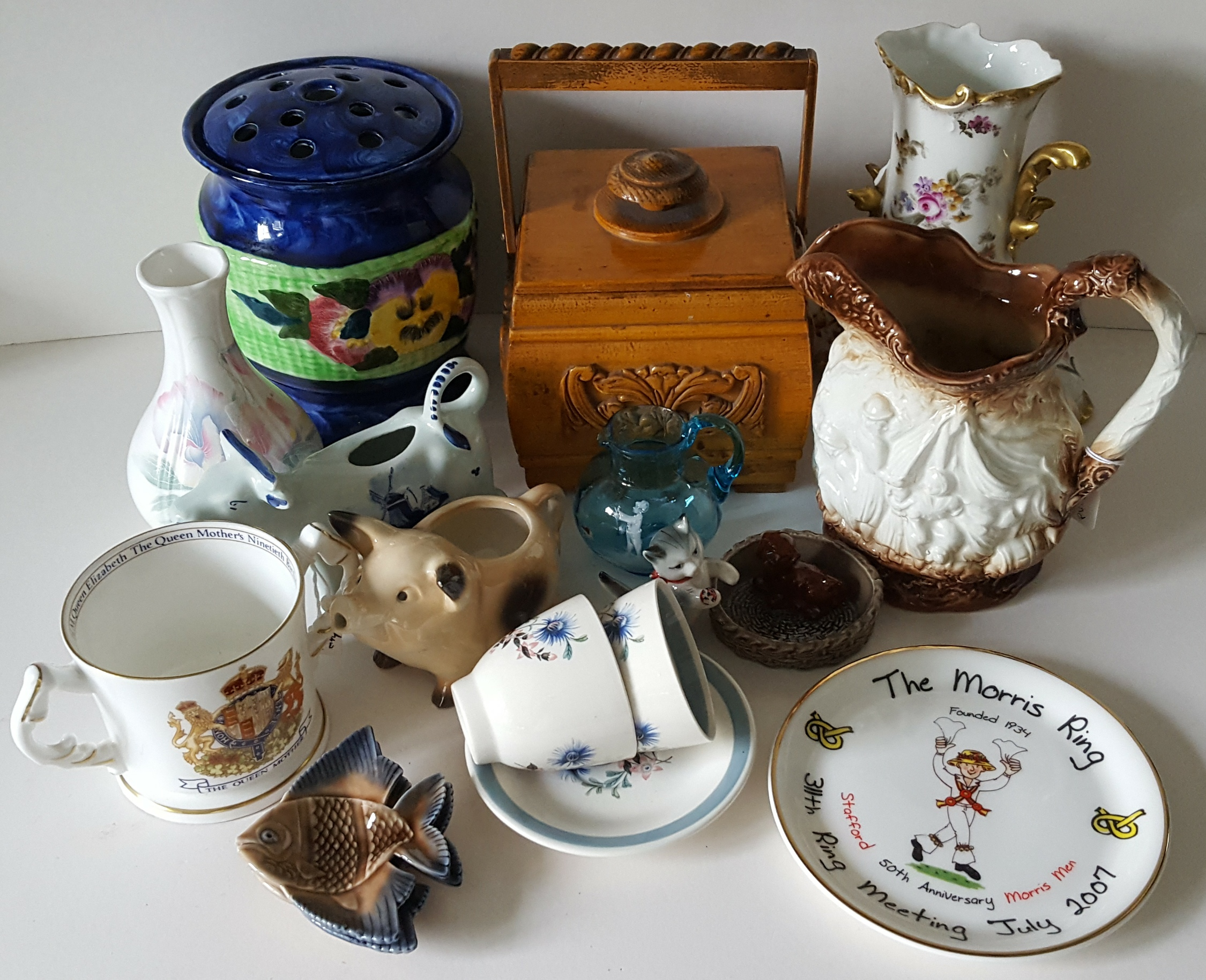 Lot 40 - Vintage Retro Parcel of Plated Silver & Other Items NO RESERVE