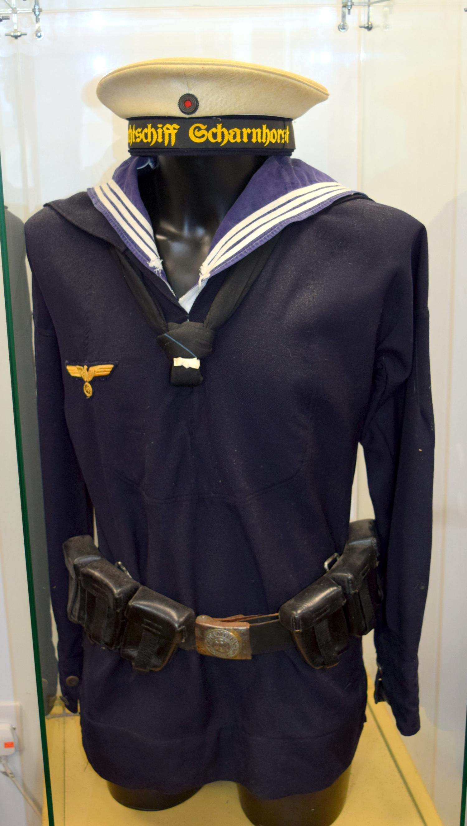 Kriegsmarine Squad 44-45 Afa23824-1cbd-4af8-ae2c-a8b800a0cf66