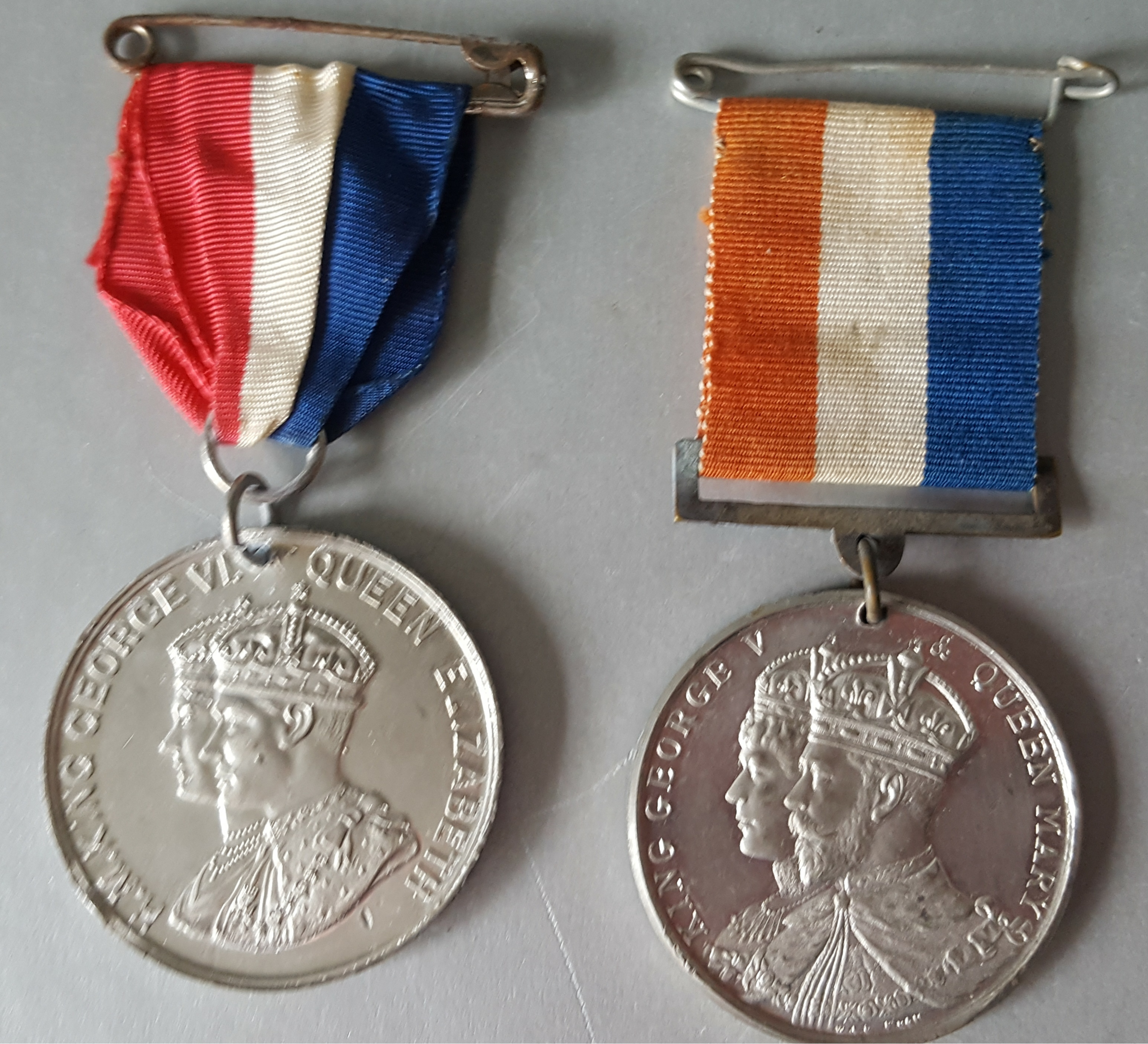 Lot 17 - Vintage Medals Commemorative Coronation of King George V 1911 & King George VI 1937 NO RESERVE