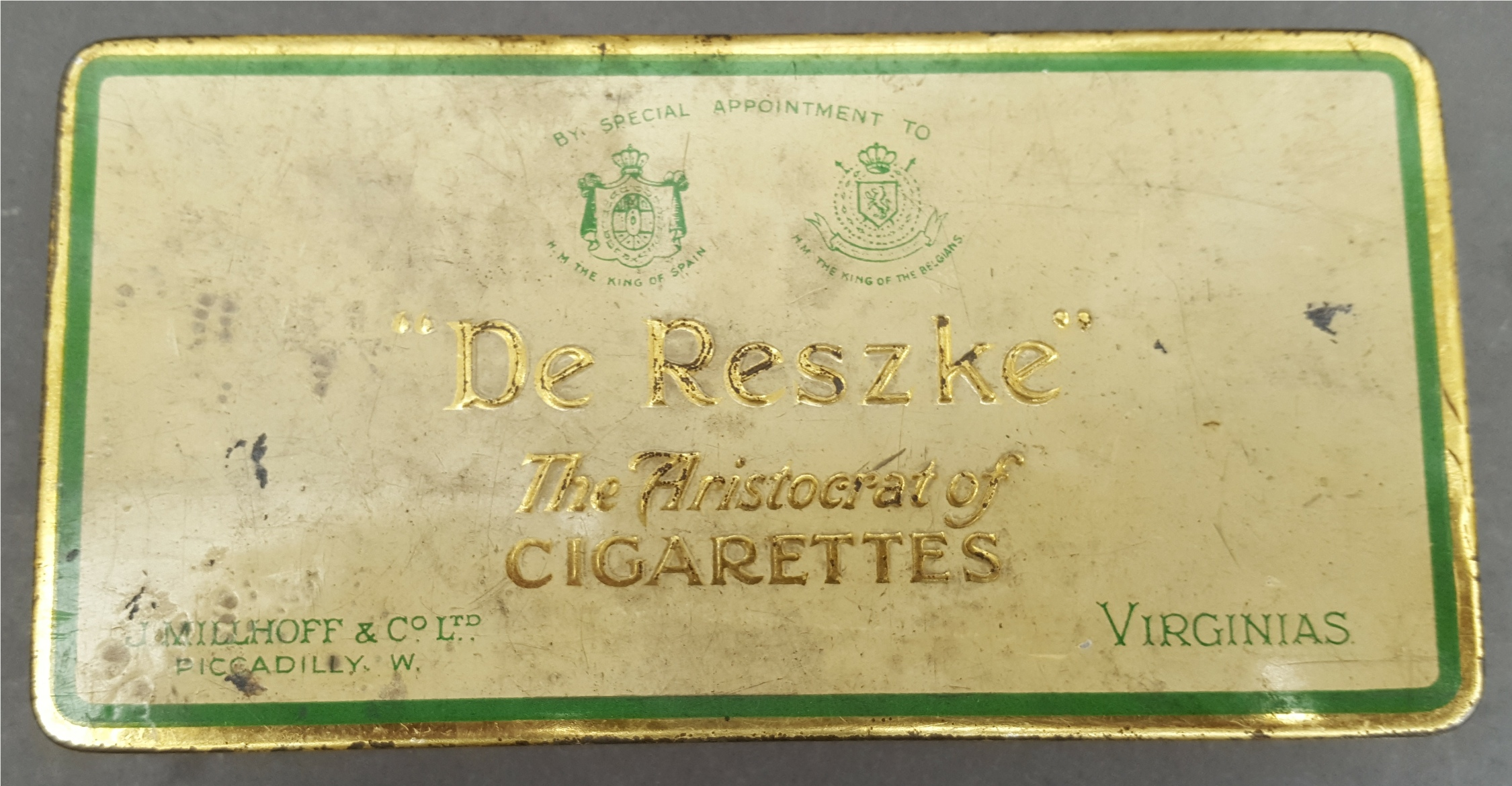 Lot 45 - Antique Vintage Collection of 150 plus Cigarette Cards in a De Reszke Cigarette Tin