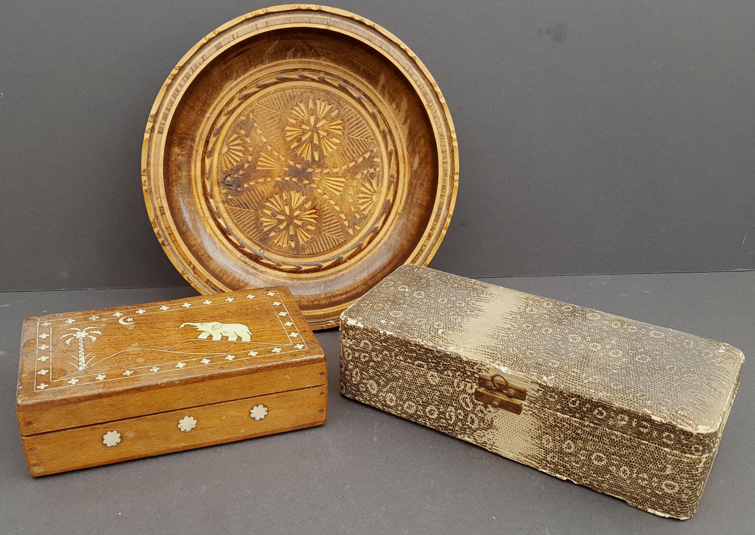 Lot 23 - Antique Vintage Boxes & Treen Bowl NO RESERVE