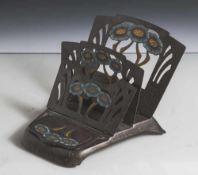 Jugendstil-Schreibzeug mit Briefablage, wohl um 1900, Gestell mit drei klappbaren, durchbrochen
