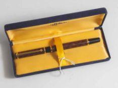 Füllfederhalter, Waterman, Paris, Kunstharz, schwarz-braun marmoriert, Goldfeder 750, in Etui,
