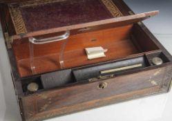 Reiseschreibkasten, wohl England 19. Jahrhundert/ um 1900, Mahagoni furniert mit