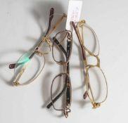 3 Brillengestelle, Vintage, 2 x Cartier, 1 x Dolce & Gabbana. Z. T. etw. verbogen, 1 Nasensteg
