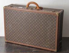 """Louis Vuittonreisekoffer """"Alzer 60"""", Hartschalenkoffer mit dem klassischen LV-Signet Aufdruck"""