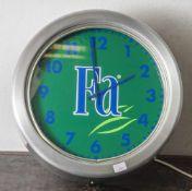 Werbeuhr/ Neon Fa-Seife, blau beleuchtet, Prototyp. DM 40 cm.