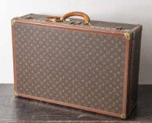 Louis Vuitton Koffer, Anfang 1970er Jahre, Alzer, in gutem, gepflegtem Zustand. H. ca. 47 cm, B. ca.