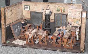 Puppenschule, wohl 19./20. Jahrhundert, mit 5 Schulbänken aus Holz, 1 Lehrerpult, 1 altem