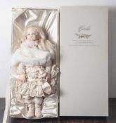 Künstlerpuppe, Caetla, Japan, ungemarkt, in originalem Karton. Biskuit-Kurbelkopf und -