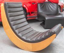 Schaukelstuhl Relaxer 2, Entwurf Verner Panton (1926-1998) 1974, Herst. Rosenthal Studio-linie,