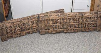 Zwei Reliefschnitzereien/Füllungsfelder, wohl Thailand, 1. Hälfte 20. Jahrhundert, Tropenholz, mit