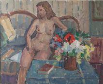 Steinmetz, Philippe (1900-1987), Weiblicher Akt im Interieur mit Sofa und Blumenstrauß,Öl/Platte,