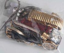 Posten Armbanduhren, 11 Stück, unterschiedliche Hersteller, Ausführungen und Materialien,zum Teil