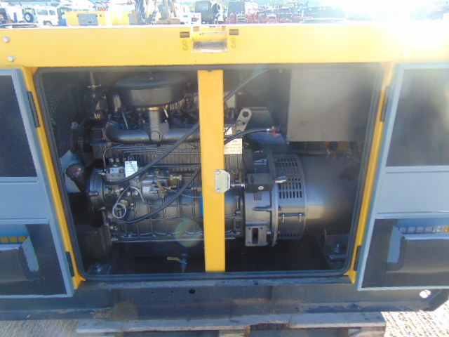 Lot 8 - UNISSUED WITH TEST HOURS ONLY 25 KVA 3 Phase Silent Diesel Generator Set