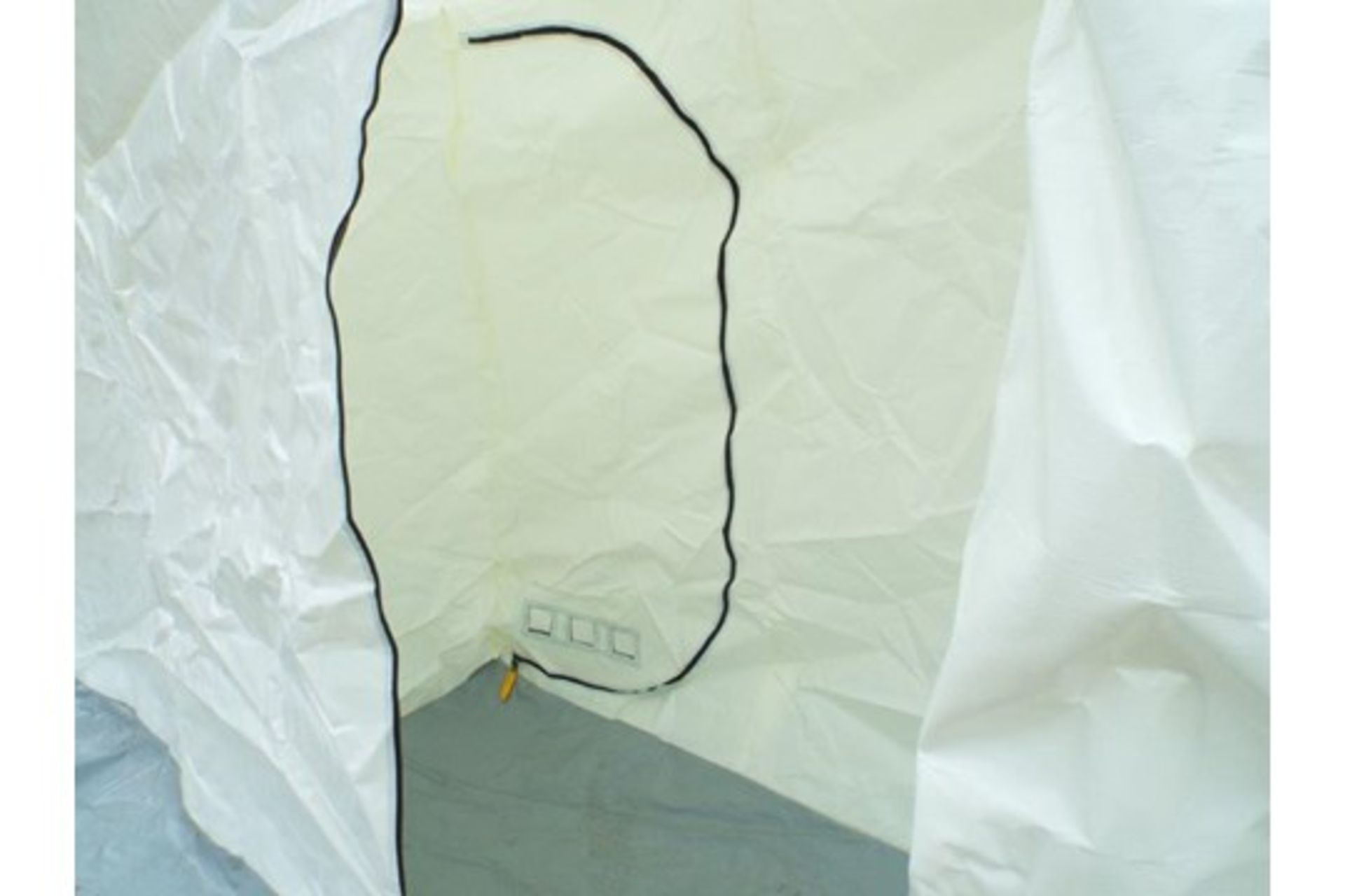 Lot 22 - Unissued 8mx4m Inflateable Decontamination/Party Tent