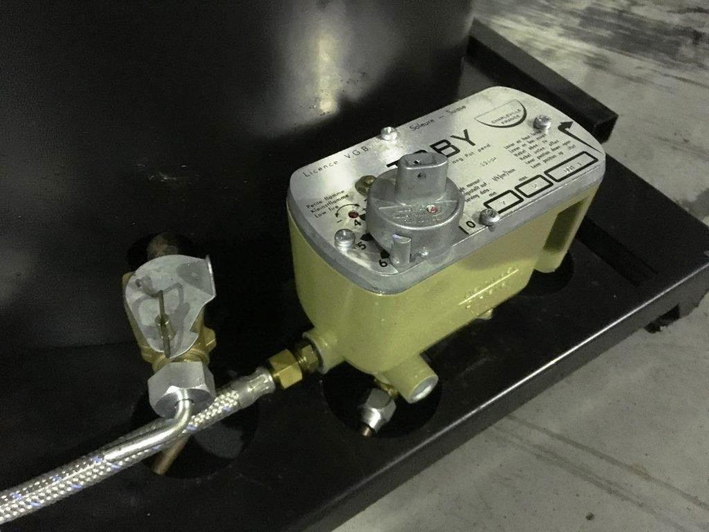 Lot 6 - Unissued Deville Campaign Multi-Fuel Heater
