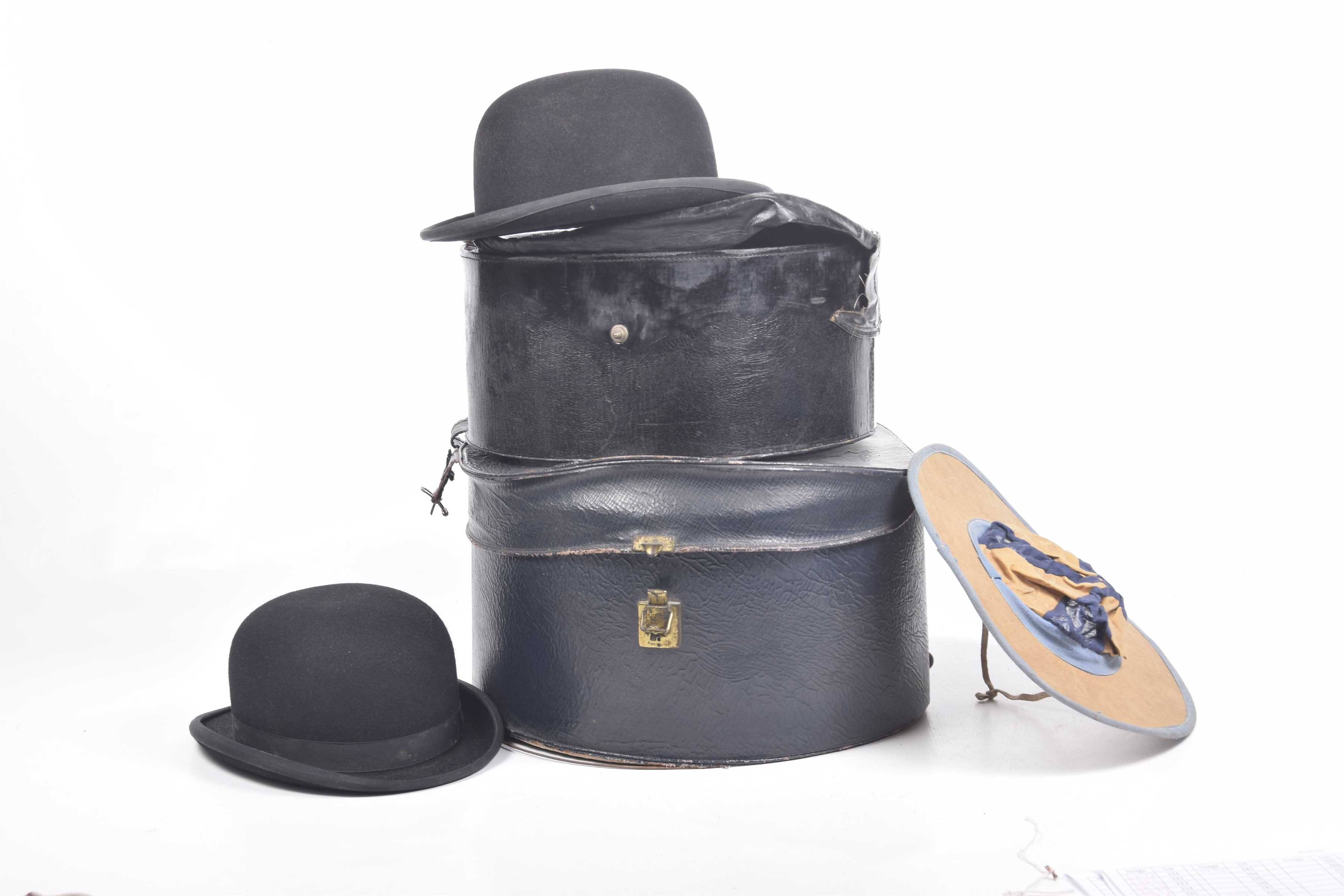 Lot 253 - Two hunting bowler hats d8854e8fa06