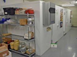 Exceptional VIESSMANN Free Standing Modular Cold Room & Freezer Room and Small Commercial Kitchen Assets