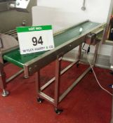 An Approx. 250mm x 1650mm Horizontal Mobile Transfer Conveyor with Variable Speed Motor (240V)
