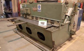 A PEARSON 2440mm x 6.5mm (8ft x .25MS) Metal Cutting Mechanical Guillotine, Serial No. 6241 with