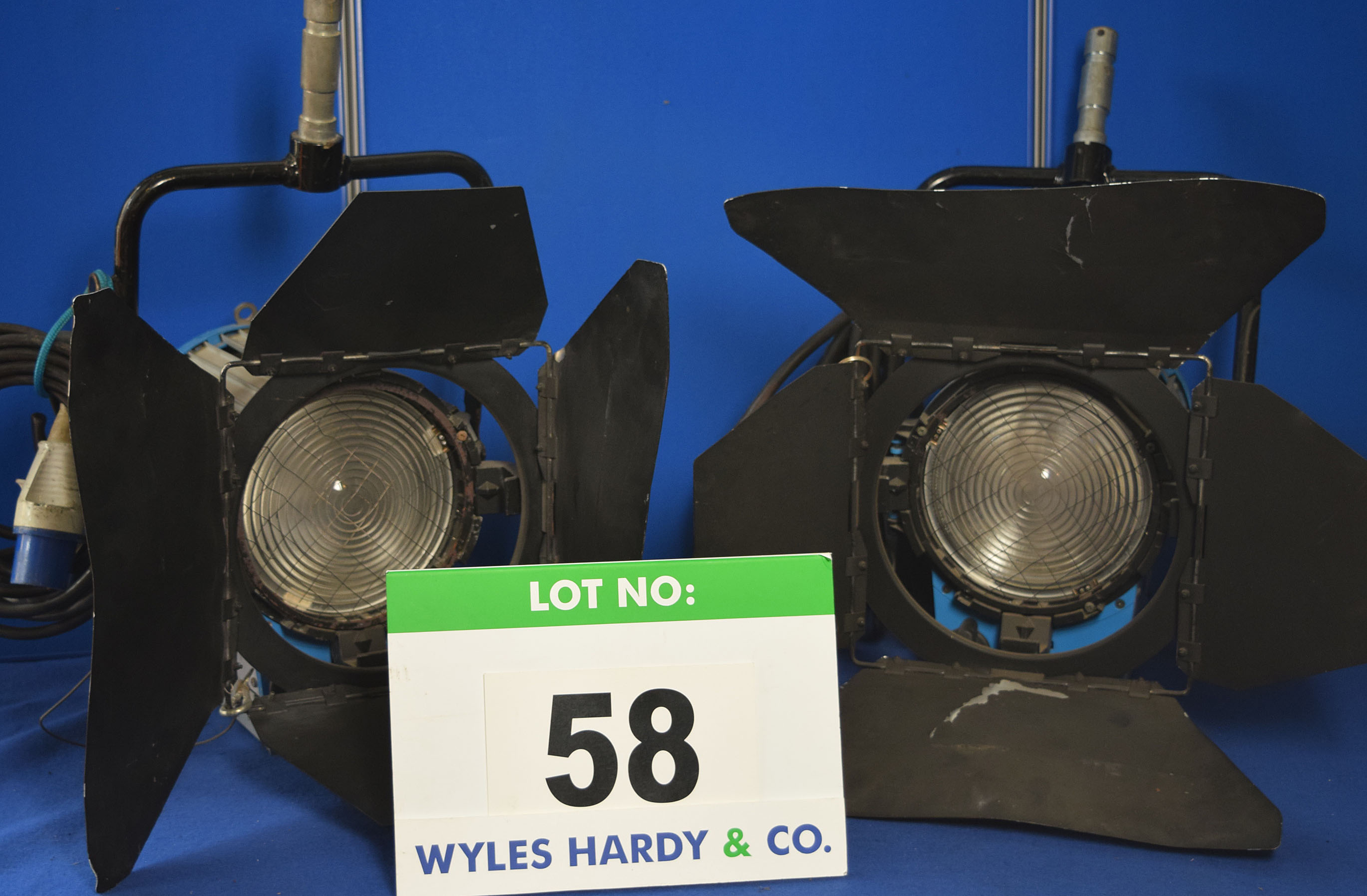 Lot 58 - Four ARRI 2000 2000W Lights each with fitted Barn Doors and Stirrup Mounts