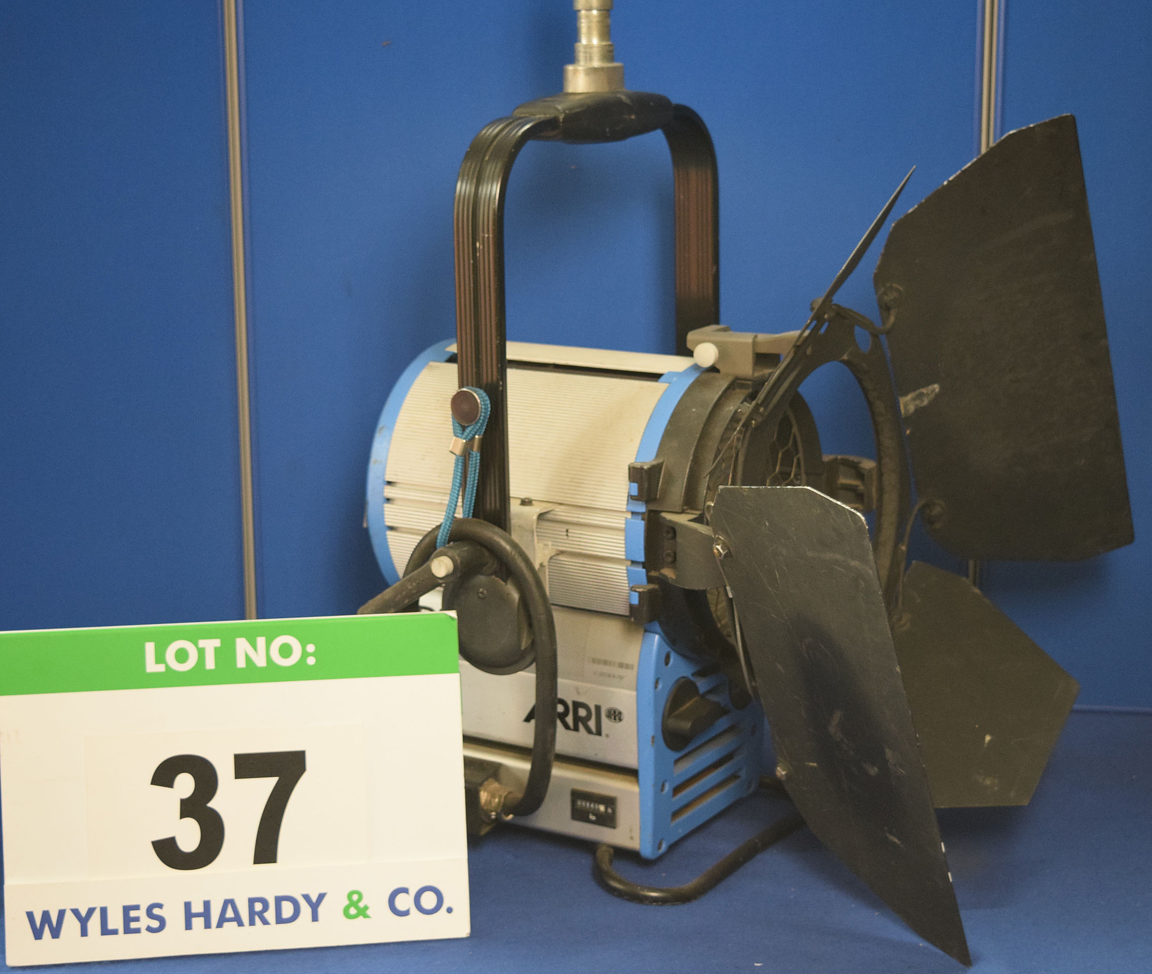 Lot 37 - An ARRI D12 1200W Light with fitted Barn Doors and Stirrup Mount. Recorded Hours: 940 hours