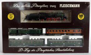"""ZUGPACKUNG, Herst. Fleischmann/Heilsbronn, Spur H0, """"Die alten Preußen von Fleischmann"""", D-Zug der"""