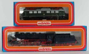 LOKOMOTIVE, Herst. Märklin/Göppingen, Spur H0, Konvolut von 2, bestehend aus: 4achs. E-Lokomotive