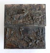 2 FLACHRELIEFS, Historismus Epoche, Zinn versilbert, Jagdliche Szenen, 14 x 25,5 bzw. 13,5 x 25 cm